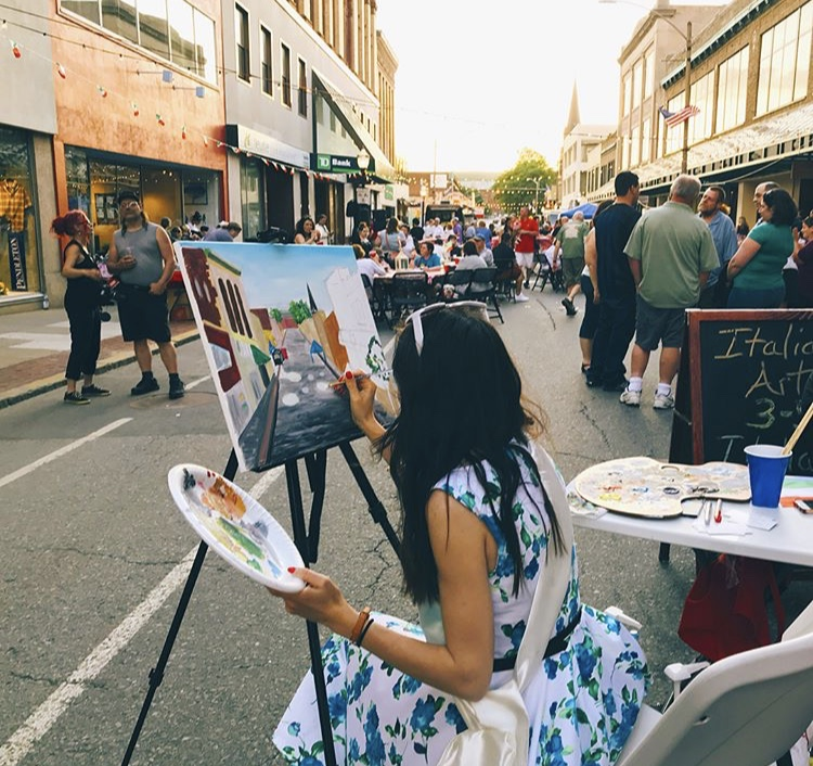 LIVE PAINTING PERFORMANCE